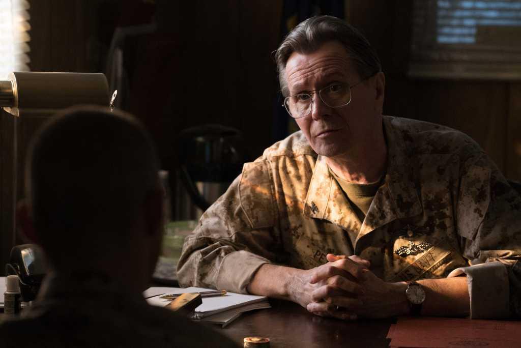 Gary Oldman dans le rôle du Capitaine Peyton - Image droits réservés - MPower Pictures
