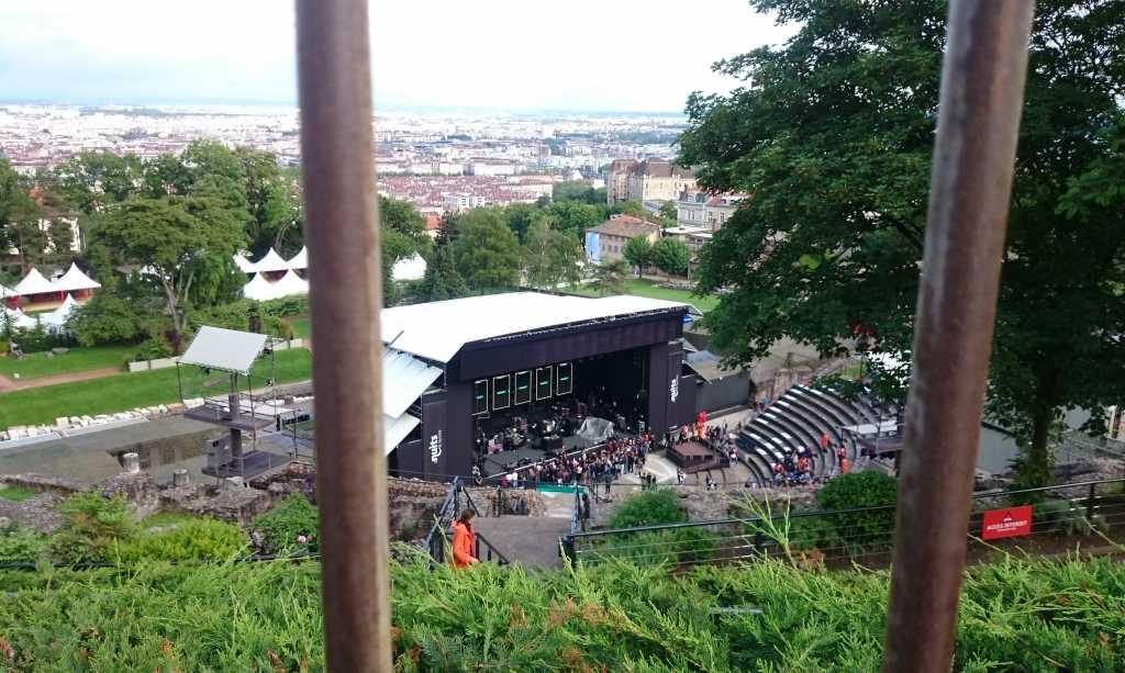 Vue de la scène, derrière les barreaux @Anaïs Bréda