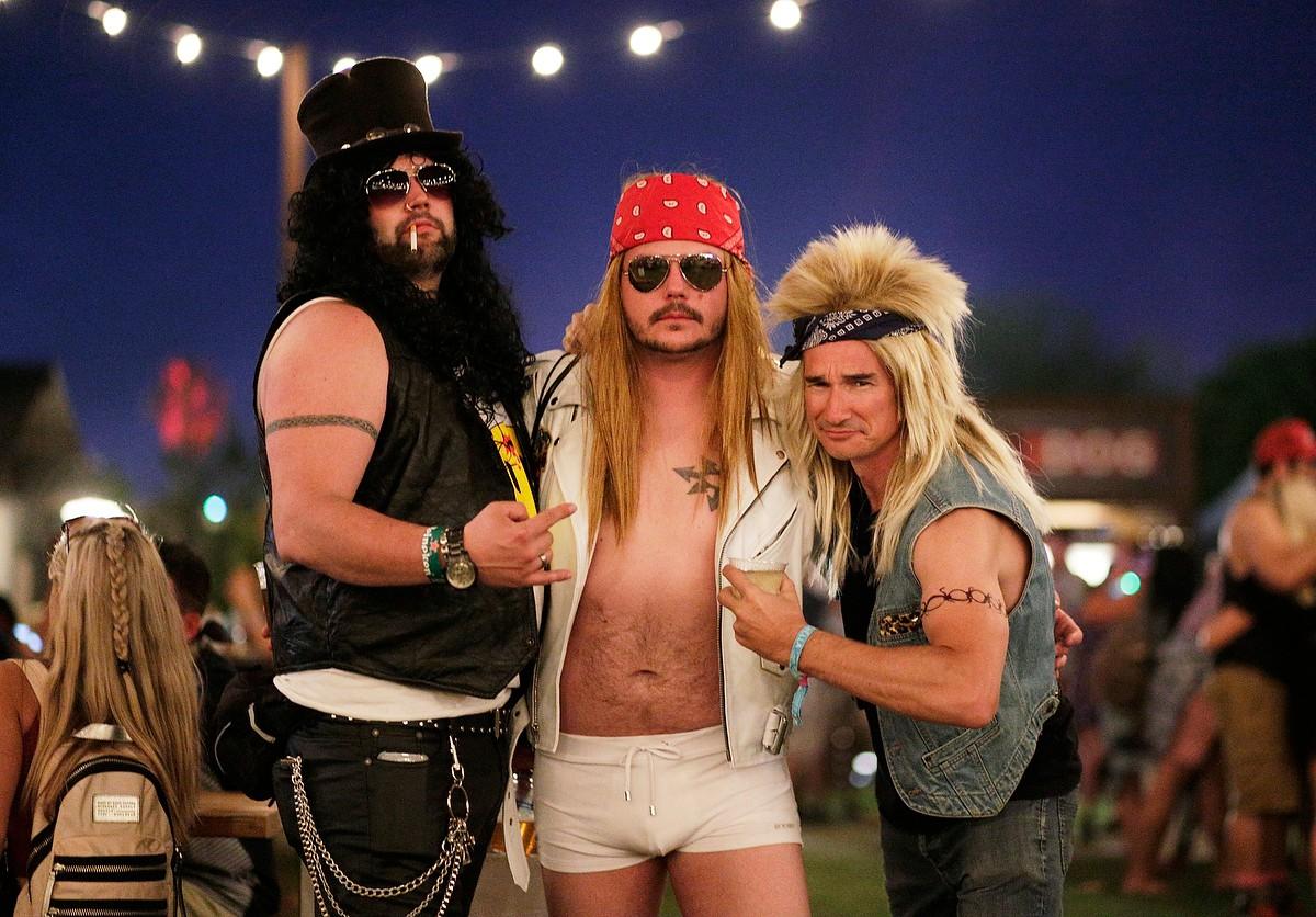 Des fans des Guns à Coachella / LA Weekly / Tous droits réservés