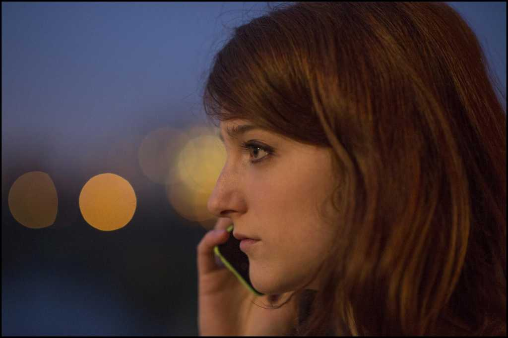 Mélanie (Naomi Amarger) souhaite fuir les mécréants - Image droits réservés - © Guy Ferrandis